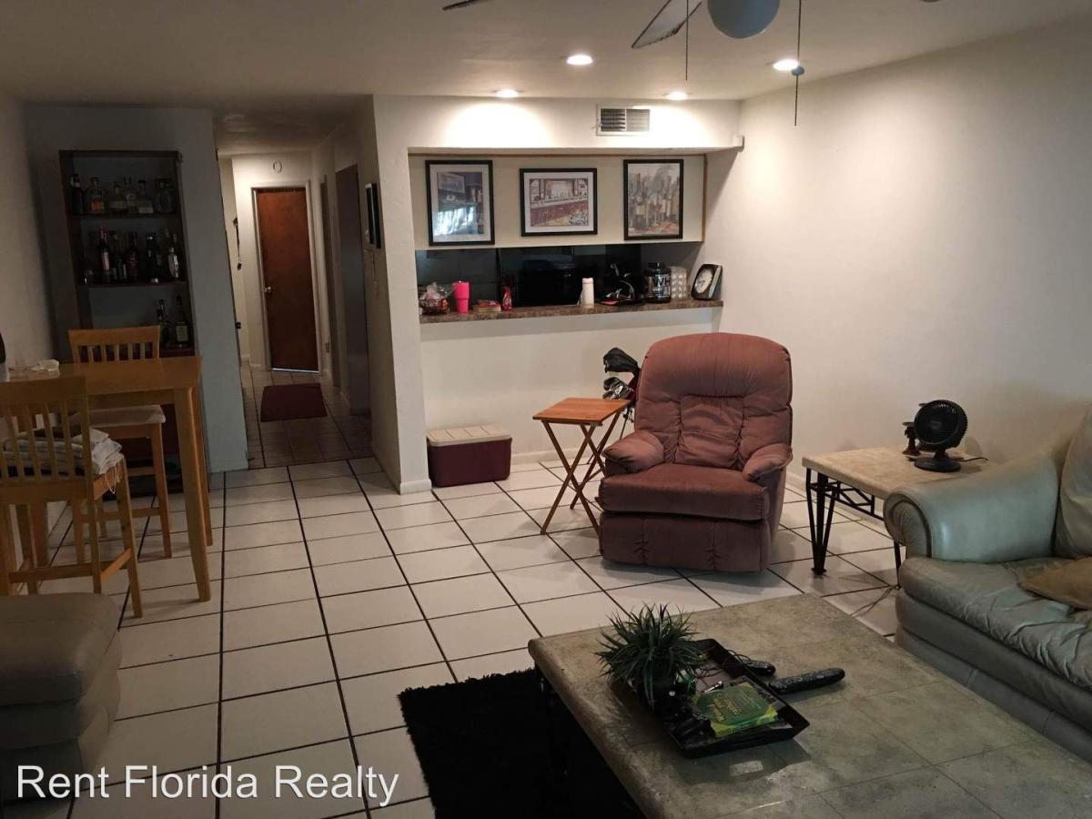 1454 SW 25th Street, Gainesville, FL 32608 | HotPads