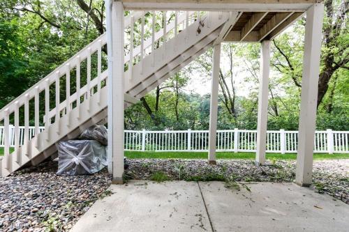 2593 Heritage Drive Photo 1