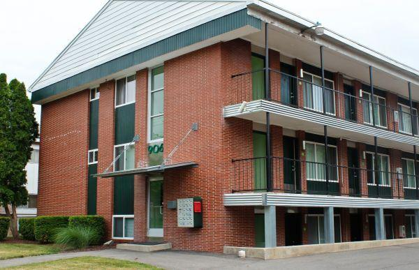 East Lansing Apartments For Sale