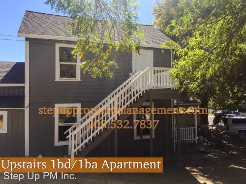 18541 Main Street Photo 1