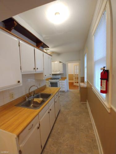 74 Canner Street Photo 1