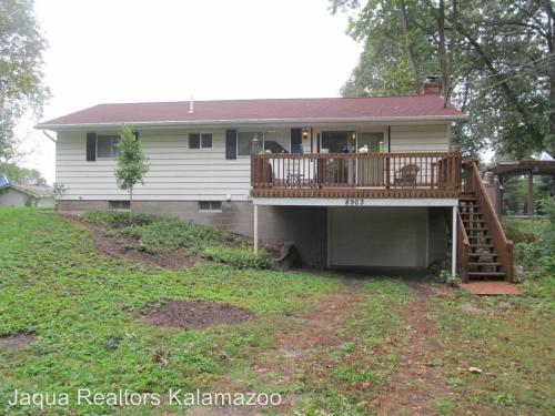 8903 E Gull Lake Drive Photo 1