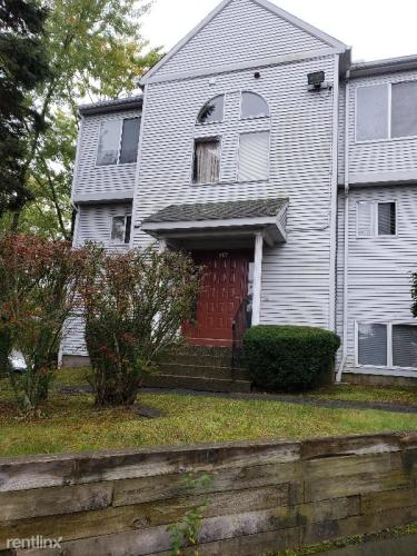 117 Hamden Avenue Photo 1