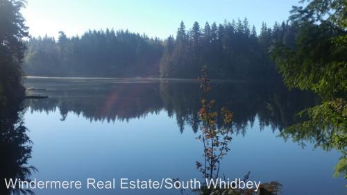 5265 Lakeside Drive Photo 1