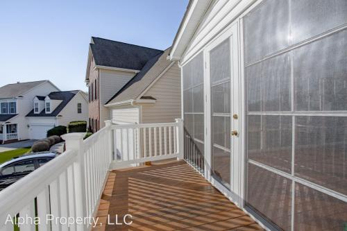 120 Windsong Drive Photo 1