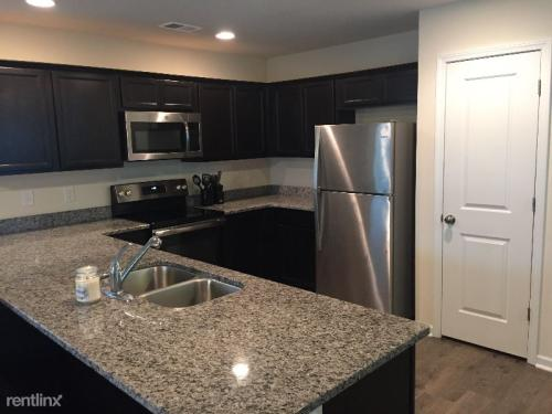 Houses for Rent near Crayton Middle School from $650 to $3K+