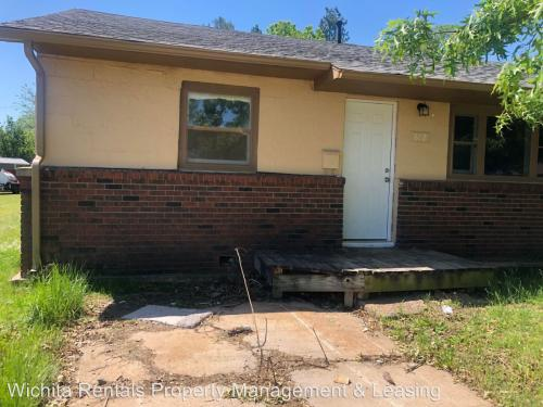 Houses for Rent in Wellington, KS from $650 | HotPads
