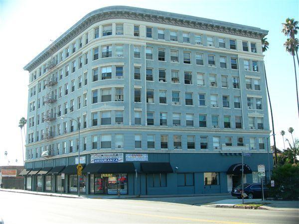 Dscn1183 1275 Westchester Place