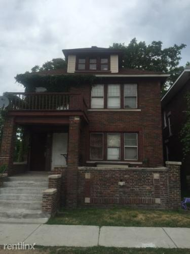 566 Saint Clair Street Photo 1