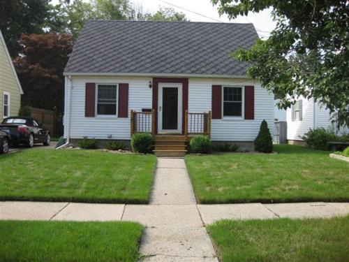 1423 Gordon Ave Photo 1