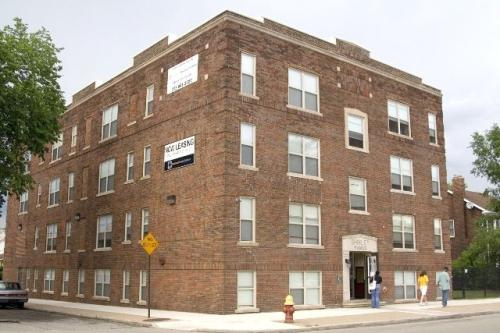 2435 Woodmere Street Photo 1