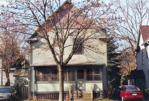 1318 Oak Street Photo 1