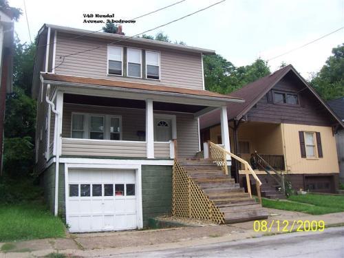 749 Kendall Avenue Photo 1