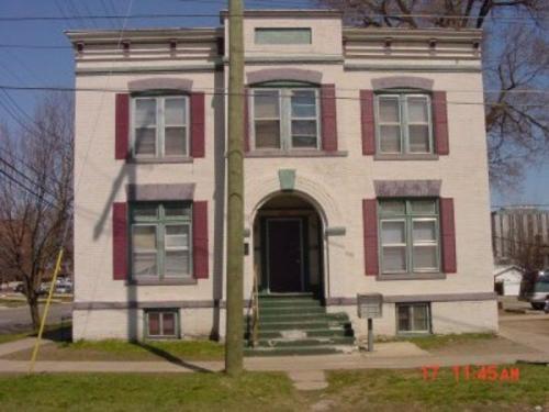 238 W Wesley Street Photo 1