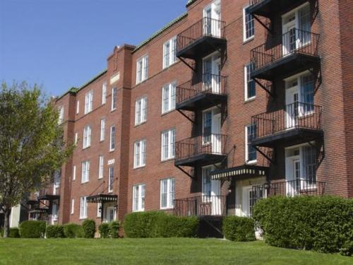 3200 Hillsborough Street Photo 1