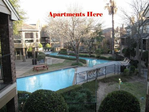 2 bed, 2.5 bath, $1,072 Photo 1