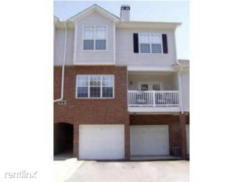 805 Spring Heights Lane SE Photo 1