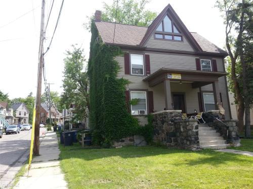 821 Packard Street Photo 1