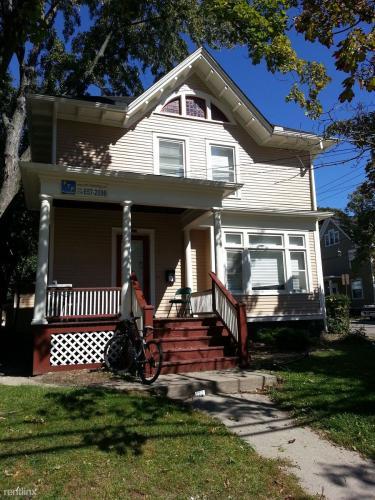 815 Packard Street Photo 1