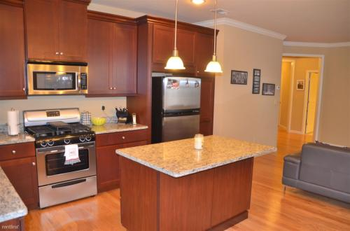 100 Canter Court Photo 1