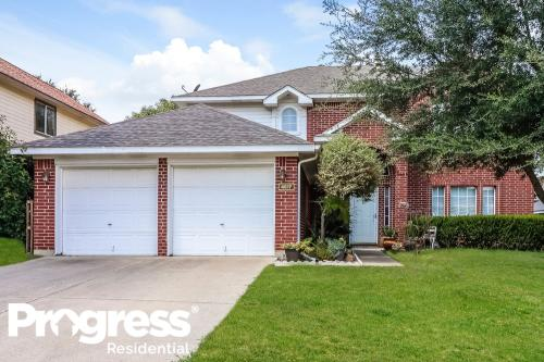 4517 Marblearch Drive Photo 1