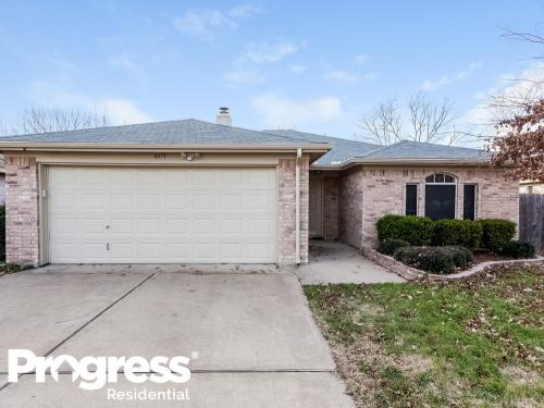 6371 Riverwater Trail Photo 1