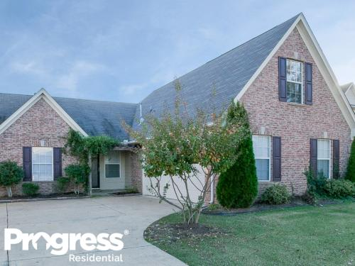 2503 Hunters Pointe Dr Photo 1
