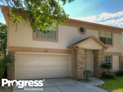 985 Eagles Forrest Drive Photo 1