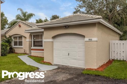 9845 NW 9th Court Photo 1