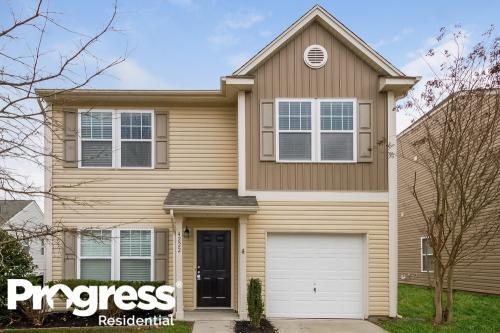 4222 Broadstairs Drive Photo 1