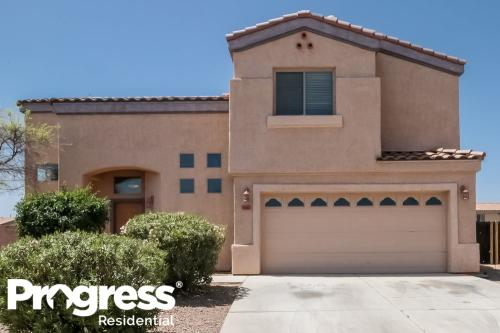 5562 S Lemon Tree Drive Photo 1