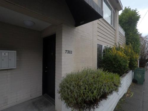 7303 Winona Avenue N Photo 1