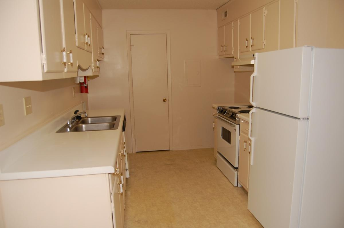 Creekside Place Apartments Photo 1