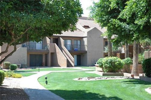 1055 W Baseline Road at 1055 W Baseline Road, Mesa, AZ 85210   HotPads