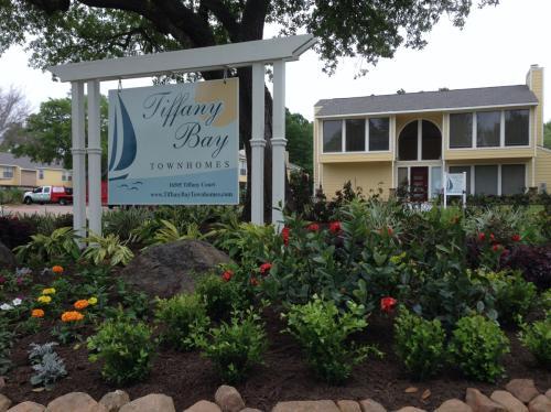 Tiffany Bay Photo 1