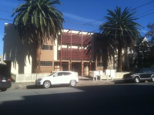 Twin Palms Apartments Photo 1