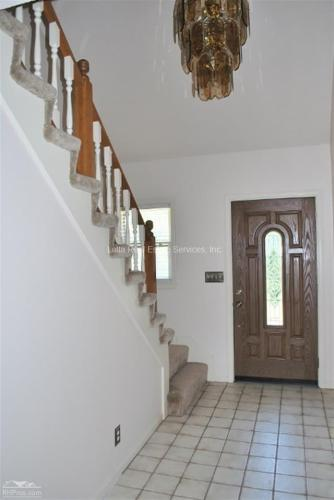 2605 NW Fawn Drive Photo 1