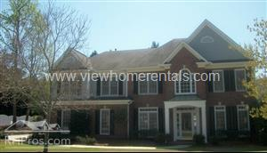 1668 Brentwood Crossing Photo 1