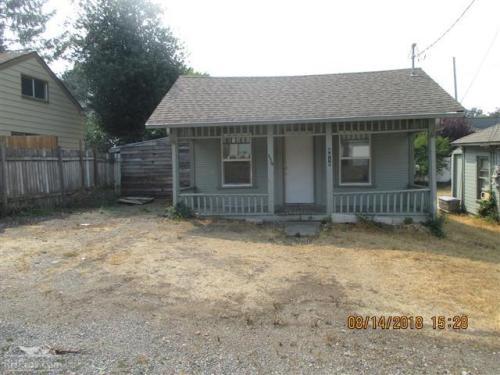 8818 Edgewood Drive SW Photo 1