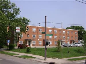 525 E Town Street #B2 Photo 1