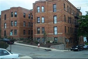 131 W Sycamore Street 11 Photo 1