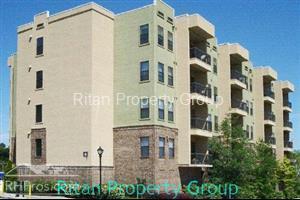 425 Chapel Street SW 2405 Photo 1