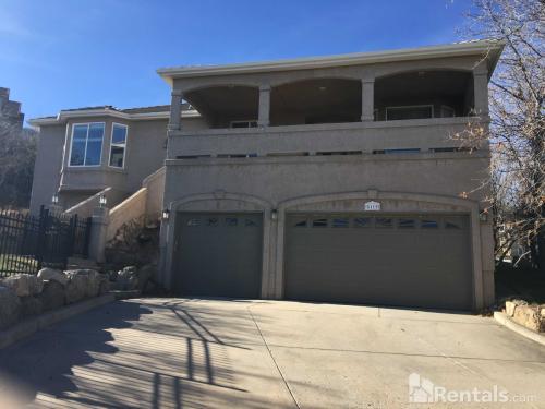 5115 Broadmoor Bluffs Drive Photo 1
