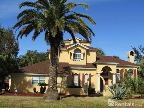 8210 Palm Cove Boulevard Photo 1