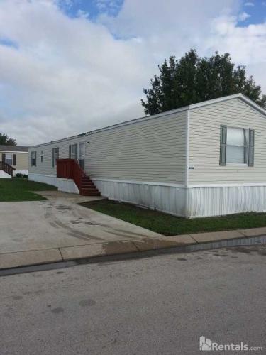 806 Twin Parks Court Photo 1
