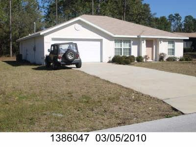 7864 N Golfview Drive Photo 1