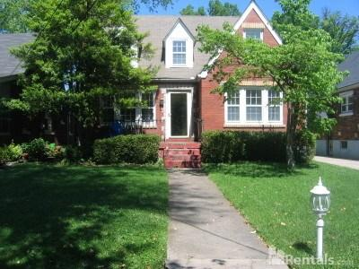 113 Oxford Place Photo 1