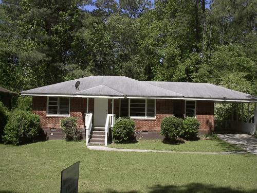 2037 Rosewood Road Photo 1