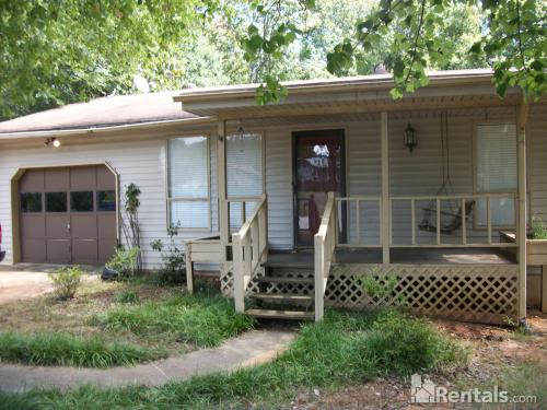 1696 Stag Court Photo 1