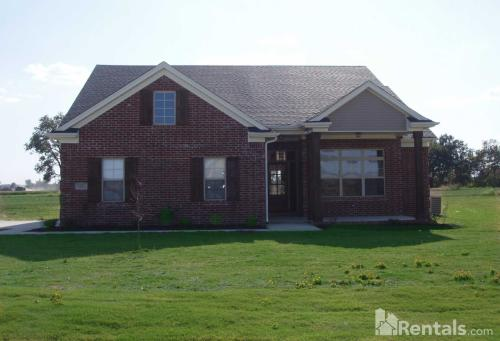 615 Campbell Drive Photo 1